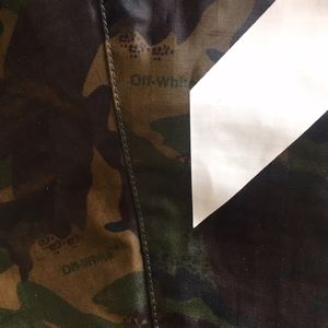 92a358755aa66 Off-White Jackets & Coats - New Off White Diagonal M65 Camo Jacket Off-